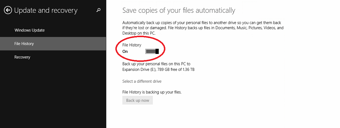 Windows 8 Backup Update and Recovery File History Screen with File History On Highlighted